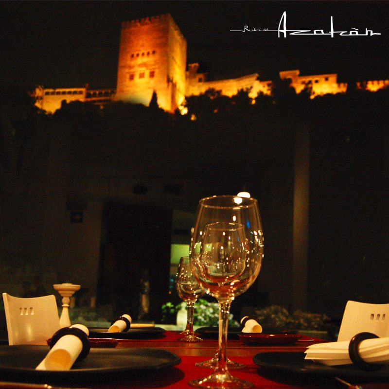 cenar-con-mejores-vistas-a-la-alhambra-ruta-del-azafran